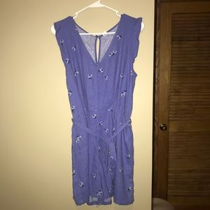 Old navy Ruffle trim romper size large